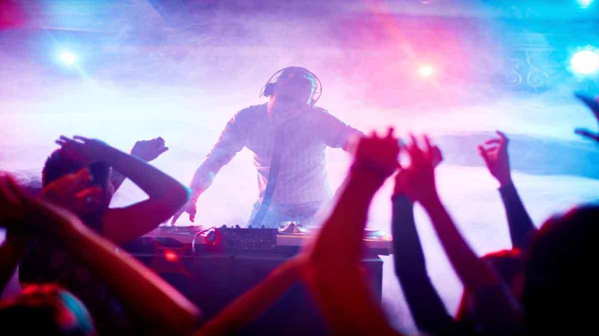 Qual a importância do dj em festas e eventos 7