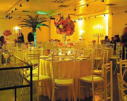Iluminação Cênica em festa de casamento