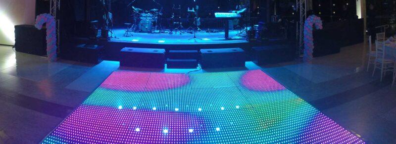 Pista de LED 4m x 6m - Locação 2 Slider pista de led grafica 2